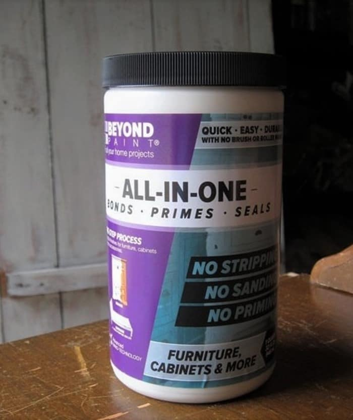 Beyond-paint-for-furniture-and-cabinets-requires-no-priming-or-waxing- (2)