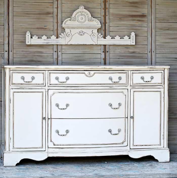 white antiqued paint finish