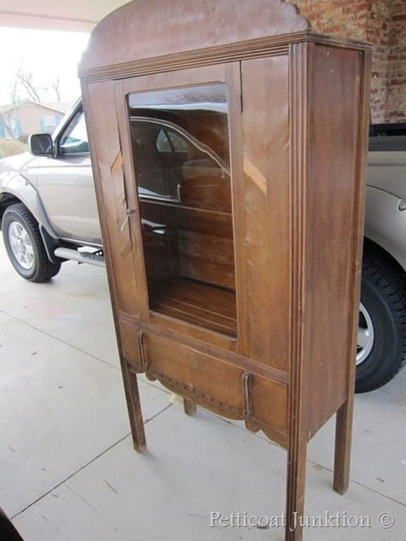 vintage hutch to paint