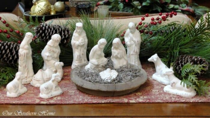 Our Southern Home Painted Nativity Scene, 150 Simple DIY Christmas Decorating Ideas