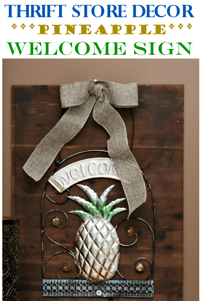 Thrifty DIY Pineapple Welcome Sign Idea