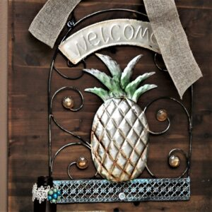 Pineapple Welcome Sign DIY Wall Decor
