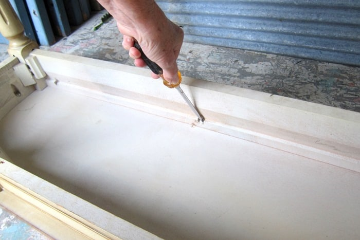 tighten furniture screws on paint project.