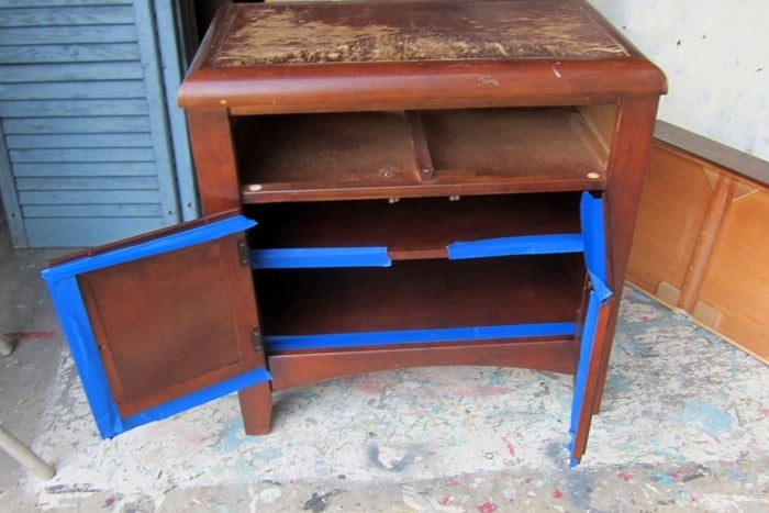 use painters tape when painting furniture
