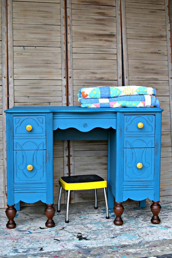 How To Cover Furniture Scratches And Wet Distress Paint