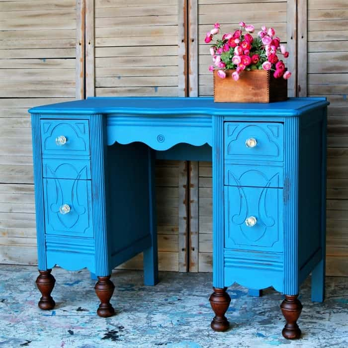 glass knobs on blue vintage vanity with stained ball feet (4)