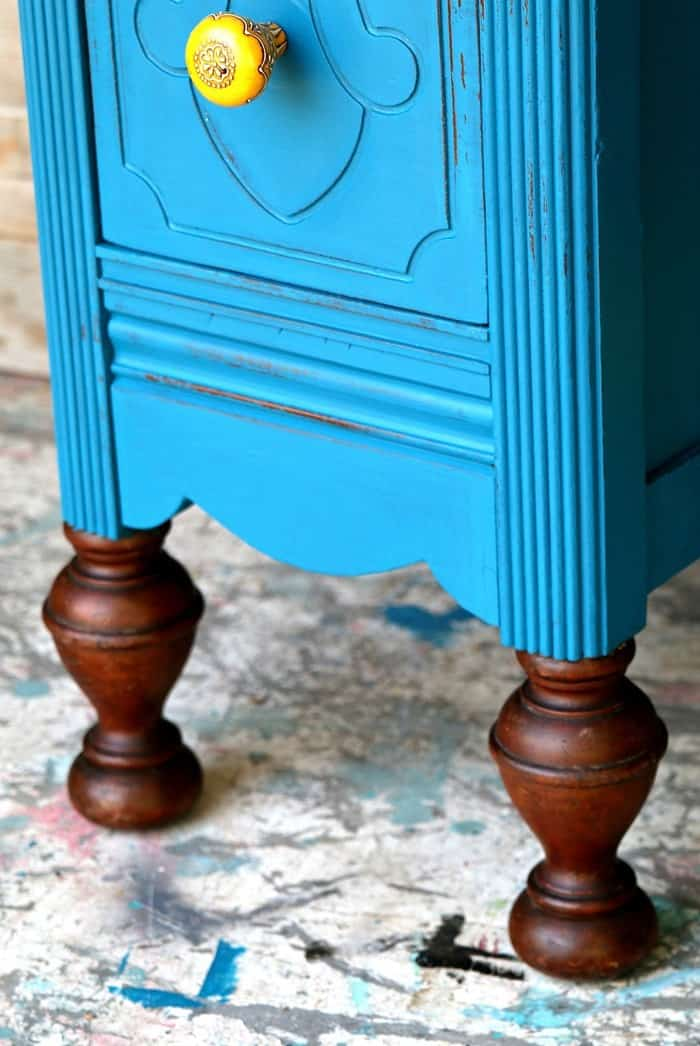 Vintage Vanity Update How To Cover Furniture Scratches Wet Distress Paint
