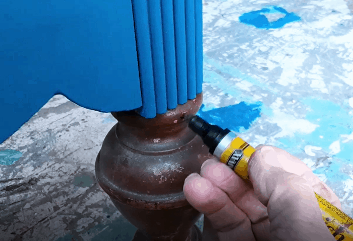 using a stain marker on furniture (2)