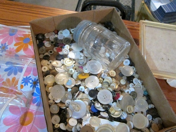 old buttons for crafting
