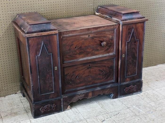 dresser before restoring finish
