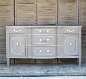 Try This Special Furniture Paint Technique For Wow Makeovers