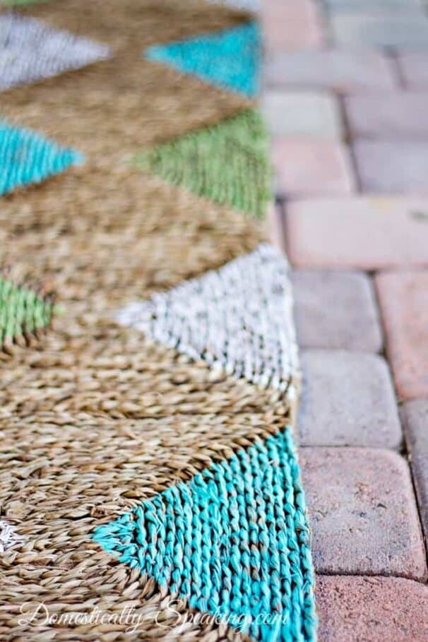 Diamond Rug by Domestically Speaking, 150 DIY Outdoor Decorating Ideas On A Budget