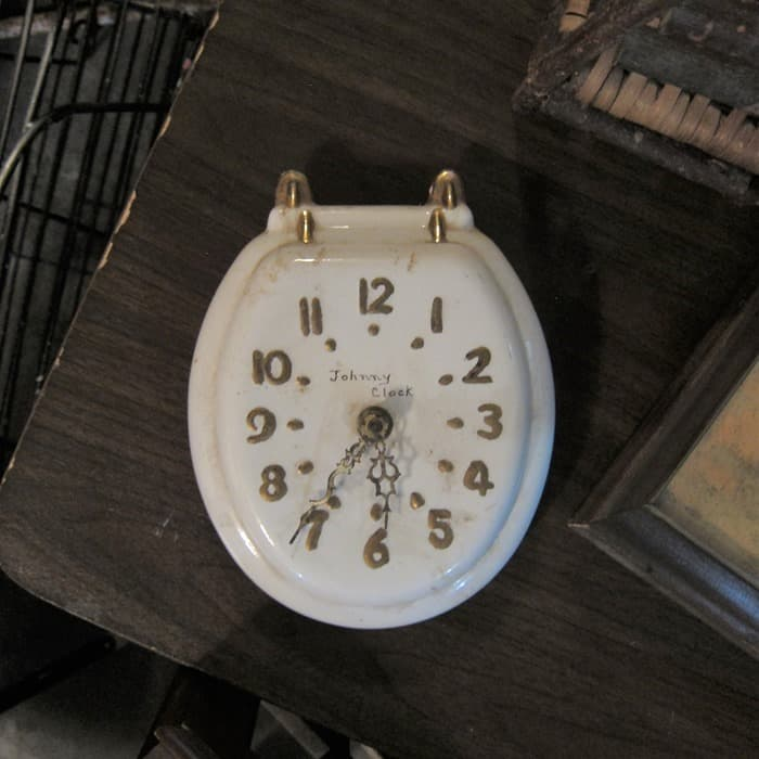 the best thrift store and flea market finds (10)