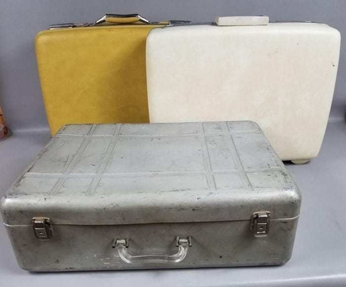 vintage luggage auction buys