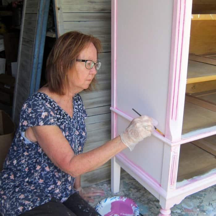 Kathy Owen Petticoat Junktion painting furniture