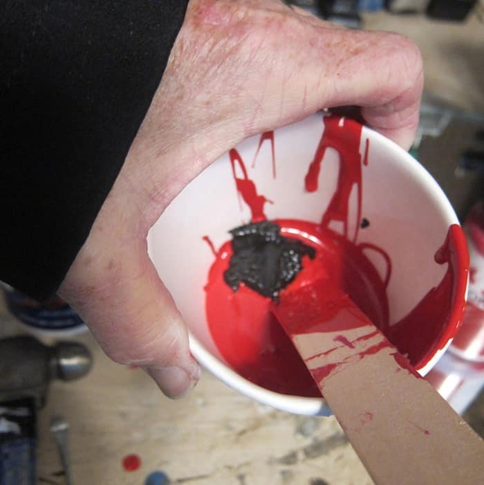mixing red paint colors