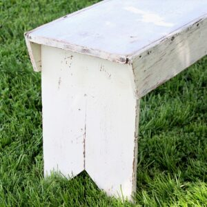 How to repaint an old bench.