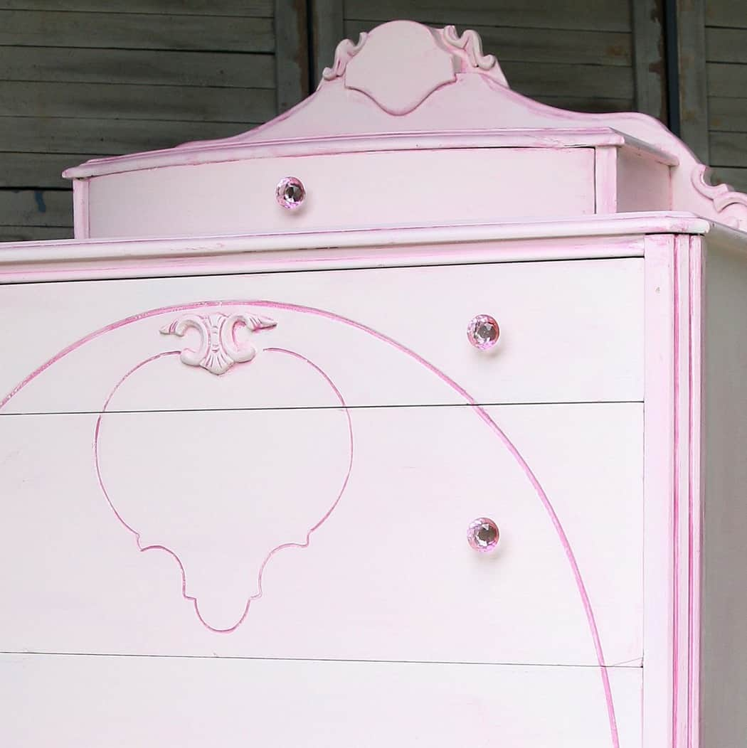 how to mix latex paint colors to make custom paint color for furniture