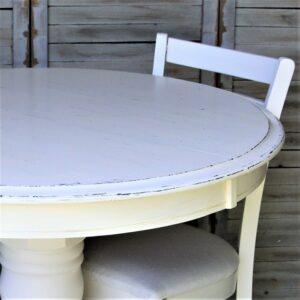 paint an oak table