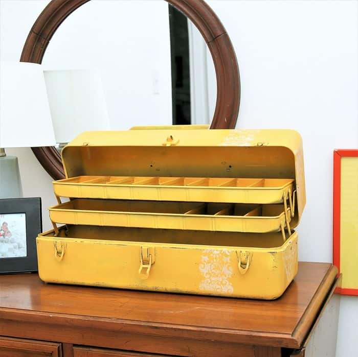 repurpose a tool box into a jewelry box with Rust-Oleum Spray Paint and a stencil (1)