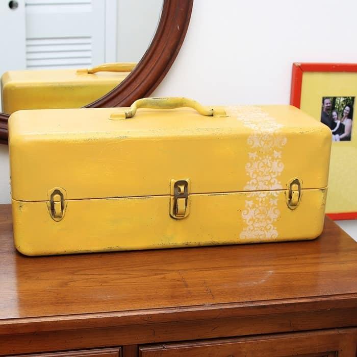 repurposed tool box makes a fancy jewelry box