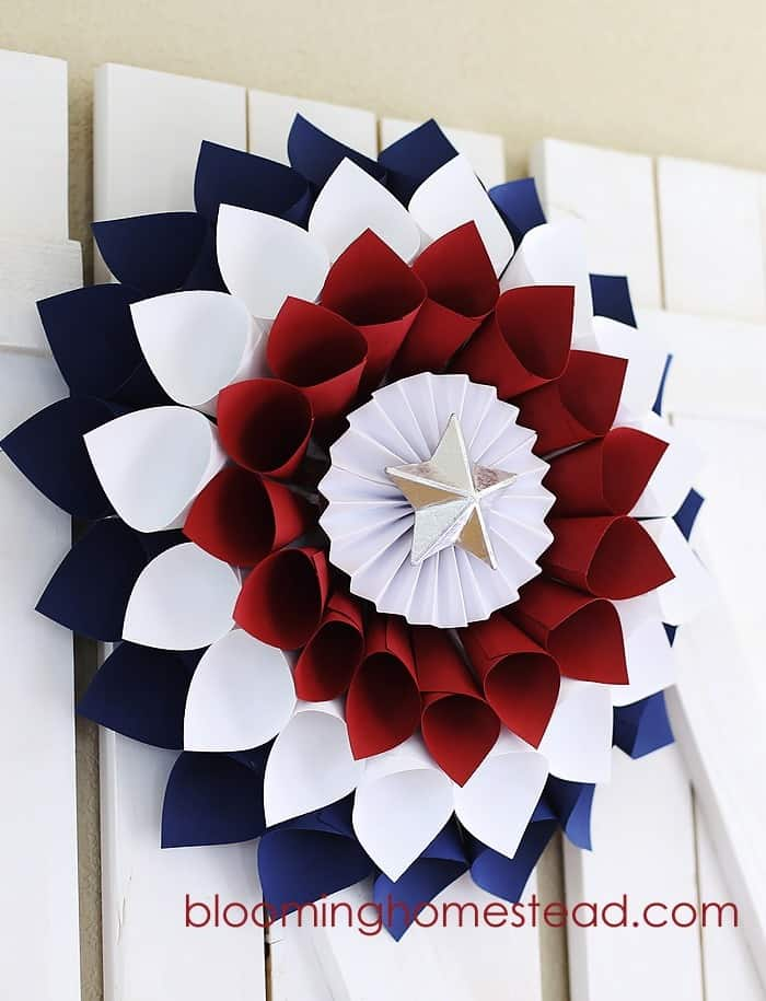 Patriotic-Wreath-by-Blooming-Homestead1