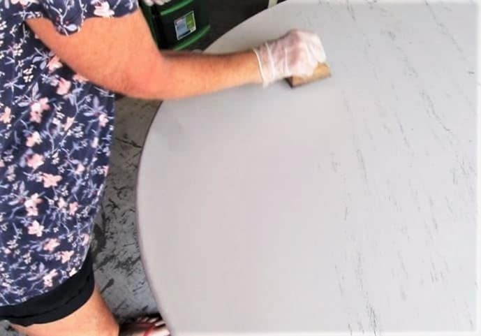 how to paint a table with a layering block (4)