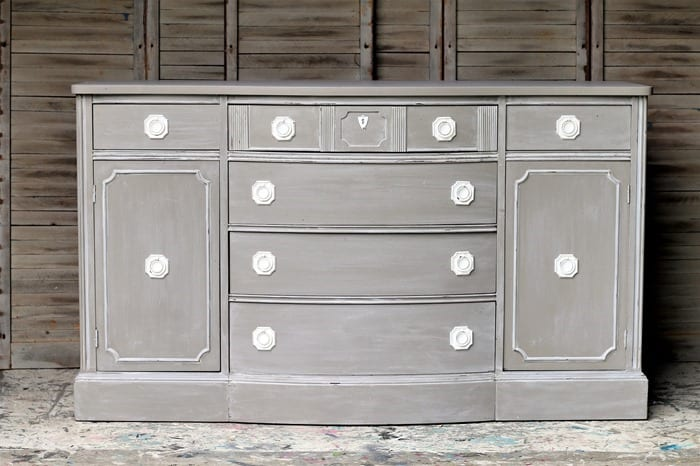 how to white wash painted furniture and spray paint the drawer pulls