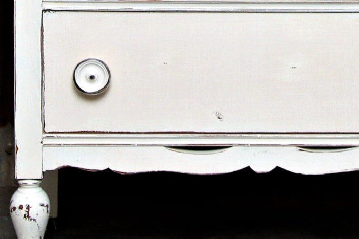 how to distress furniture drawers