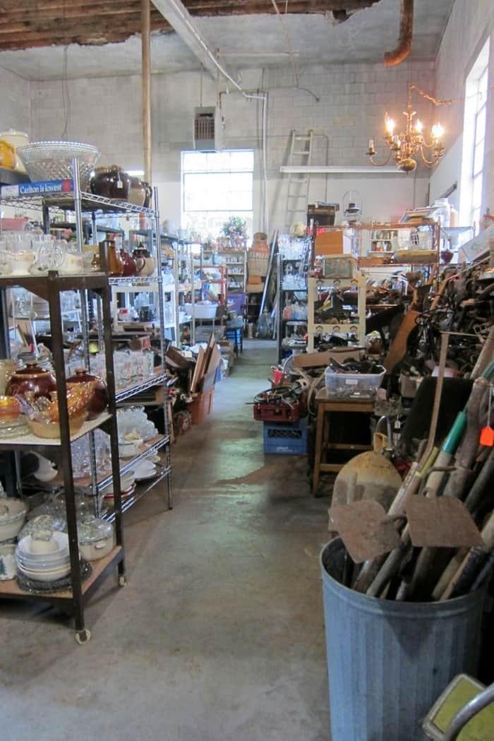 my favorite junk shop and trreasured finds (16)