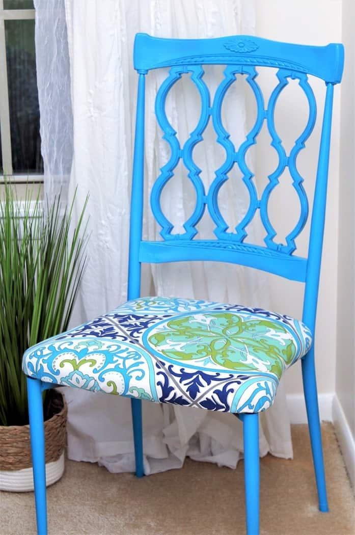 How to paint metal chairs and re-cover fabric chair seats