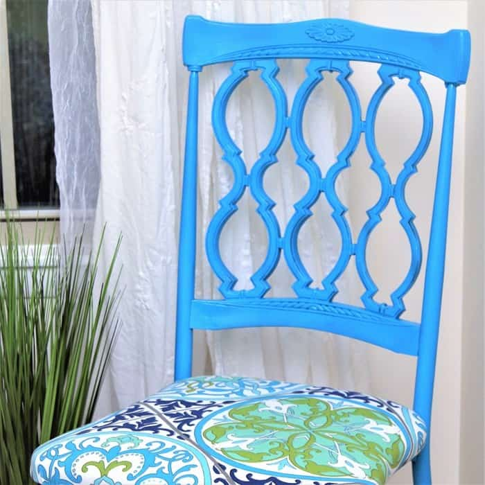 How to spray paint vintage metal dining chairs