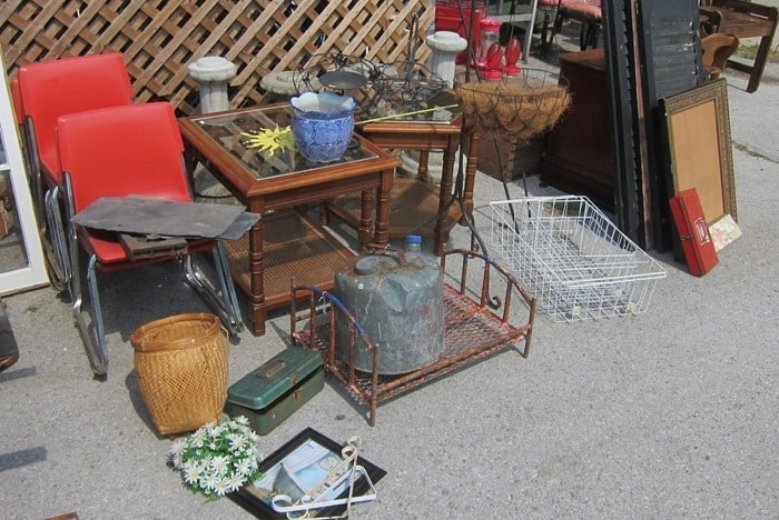 junk treasures from my favorite junk shop in Kentucky shopping trip by Petticoat Junktion (13)