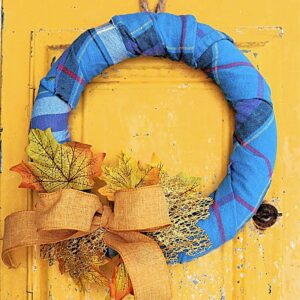 How to make a flannel wrapped Fall wreath in 10 minutes