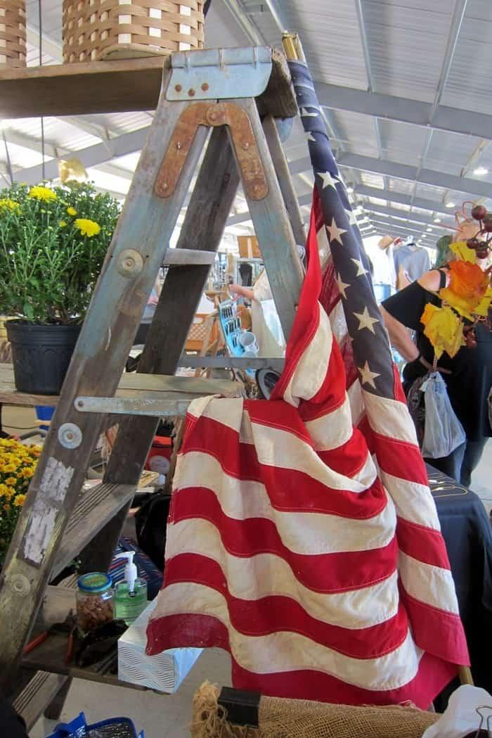 Shopping the Nashville Flea Market with Petticoat Junktion (52)