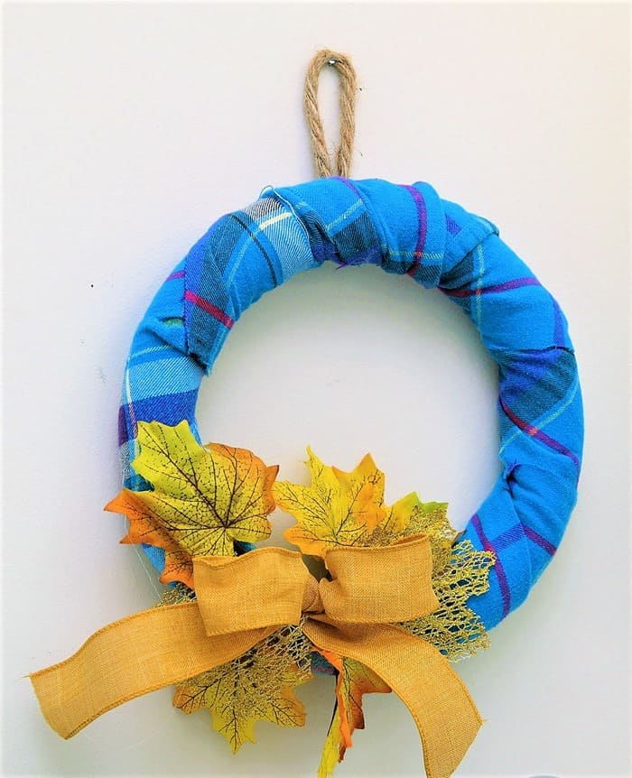 make a Fall wreath wrapped with flannel
